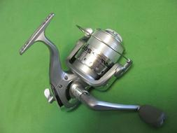 1) BERKLEY FUSION 206 SPINNING REEL SPOOLED WITH LINE. GREY