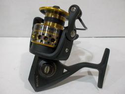 Penn Battle II 4000 spinning reel BTLII4000 display model -