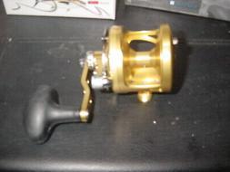 NIB Avet Fishing Reel Factory Blemish model MXJ 5.8 G2 Gold