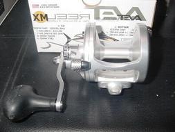 NIB Avet Fishing Reel Factory Blemish model MXL 5.8      Sil